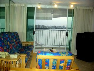 ESJ Towers one bedroom ocean front ESJTOWERS.NET, Isla Verde