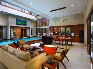 Brand New Luxury Villa 5 star, Canggu