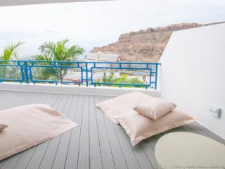 Modern Designer Apartment, Taurito