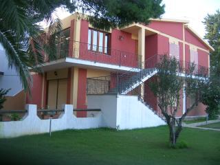 casa bifamiliare porto pino 300 metri mare, Porto Pino