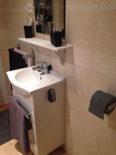 All new wash facilities & Bathroom furnishings