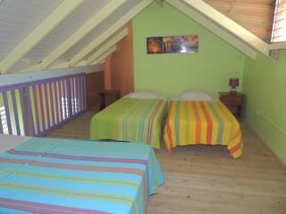 3 lit en mezzanine (idéale pour famille 3 enfants ou 2 couples)