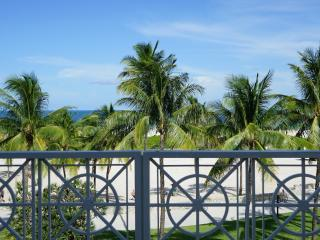 .Casa Grande 3 BR 401 with large terrace, Miami Beach