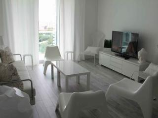 Beautiful Vacation Apartment for 4 Guest!, Hollywood