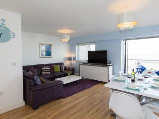 Beach View, Ocean 1 located in Newquay, Cornwall