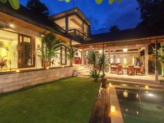 Tropical Hideway Villa