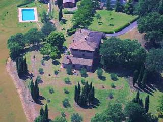Villa Palazzo Bello with Swimming Pool, Cetona