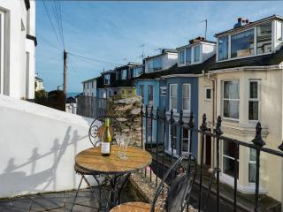 14 Prospect Road located in Brixham, Devon