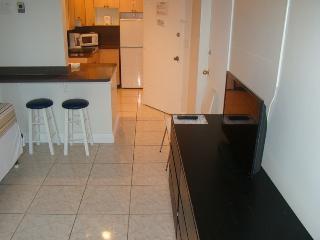 Collins Apartments by Design Suites Miami 1509, Miami Beach