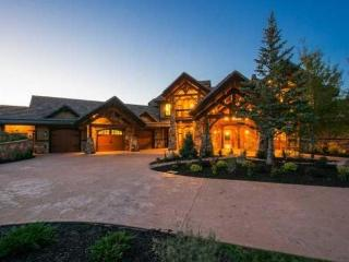 Glenwild 5 bedroom Private Home, Paradise