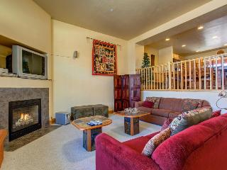 Eclectic, worldly Utah home w/private hot tub & pool access!, Park City