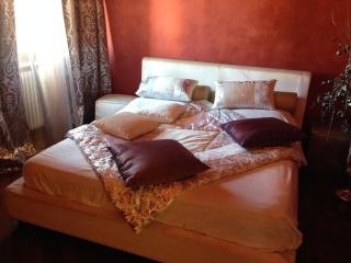 Lara Home - Bright flat between Lucca and Pisa, Santa Maria del Giudice
