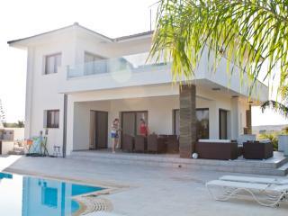 87214 - PRDE Villa Protaras