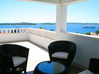 Hvar Exclusive Sea, Sun & Stars Apartment by HMH