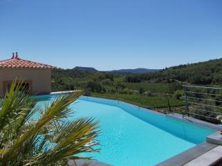 Holiday Cottage  Le Tournesol Domaine de Flo