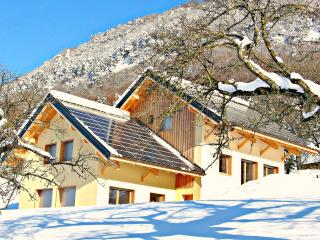 RENT A HOLIDAY COTTAGE 4 STARS, Montagnole