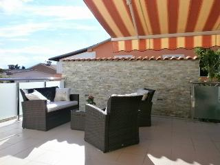 Bright and Modern Apartment  Vito with a Pool Nr.2, Krk
