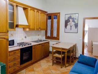 Grazioso appartamento di 2 camere da letto Via Zannoni Firenze, Florencia