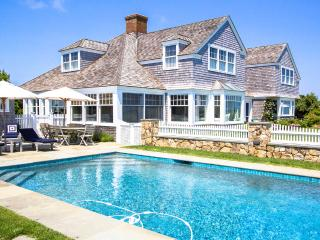 AGARH - Estate Waterfront Luxury Home,  Private Pool, Spectacular Waterviews, Ferry Tickets Weekend Days, Edgartown