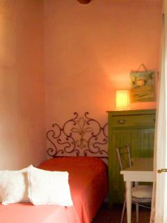 L'Olivo - Villa Unis - Cosy room with two single beds
