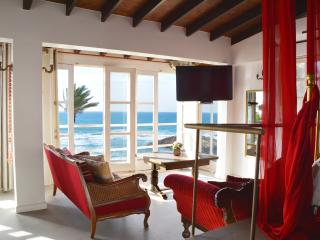 Sea Holiday Chalet Rental, Jaffa