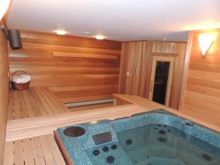 Mt. Snow Paradise - Indoor Jacuzzi and Sauna