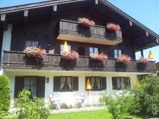 Vacation Apartment in Schönau am Königssee - 474 sqft, quiet, comfortable (# 2187), Schoenau am Koenigssee
