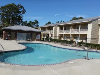 Ground Floor, Newly Remodeled, Pool View, Gulf Shores