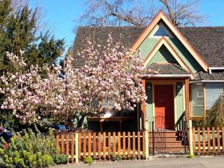 Charming Character Home Close to Downtown Victoria