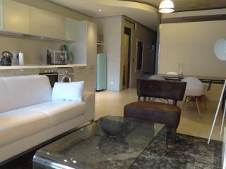Elegant 1br apartment, De Waterkant, Cape Town