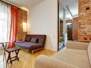 Designer 2-room flat on Sadovaya street (351)