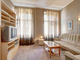 A budget apartment near The Russian Museum (2-4 people)