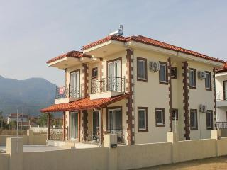 VILLA MUTLU - GREAT LOCATION - SLEEPS 12