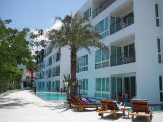 Sawshark Apartment, Phuket, Thailand, Phuket-ville
