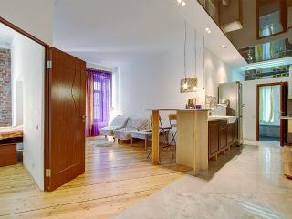 Designer flat in the very center(346), St. Petersburg