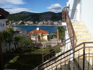 Holiday apartments rental - Seget Vranjica