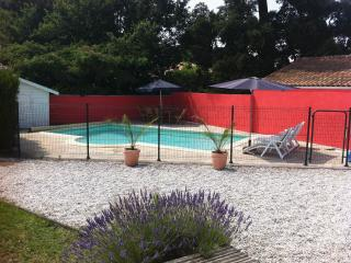 Arcachon villa with private pool