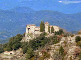 Llaes Castle Xth century - 7-10 people