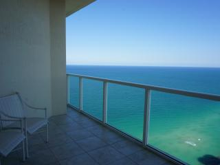 LA PERLA OCEANFRONT ON THE BEACH 3/2 ON THE 42 FL