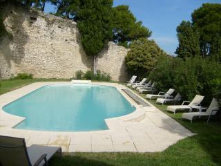 LES ARCADES Partie de château privative, Chateauneuf-de-Gadagne