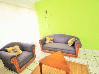 $650 per month, 4 blocks from the beach, sleeps 5, Playa del Carmen