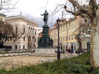 residenza corti, Trieste