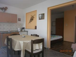 Apartment Dijana for up to 3 Persons, Krk