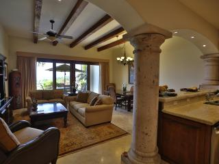 Tasteful 2BD condo with amazing views!, San José Del Cabo