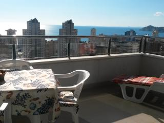 Apartamentos Platinum_Benidorm_Wifi_Pool_Seaview
