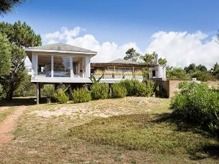 Chic 3 Bedroom Home with Pool In Jose Ignacio, José Ignacio