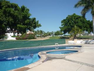COME AND ENJOY OUR LITTLE PLACE IN PARADISE, San Jose del Cabo