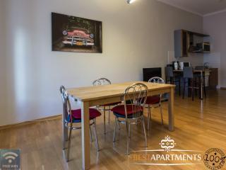 Cosy Tallinn Old Town apartment for 3 on Vene street