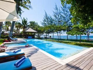 Country style luxury beachfront. Puri Nirwana, Ketewel