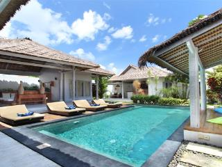 #D9 Friendly & Exotic Villa Seminyak